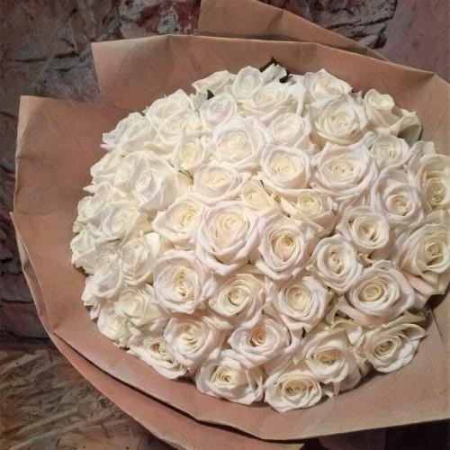 Купить на заказ Букет из 101 белой розы с доставкой в Каратау